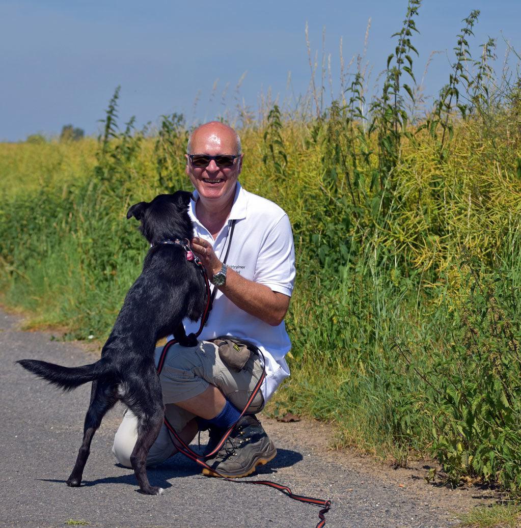 Hundetrainer Seidel beim Dogwalking